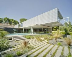 4 in 1 House by Clavel Arquitectos