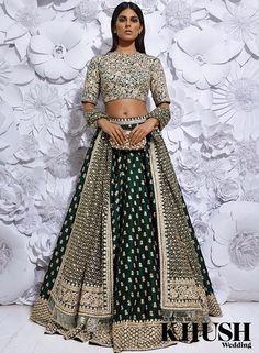 Indian Lehenga Choli Designs For Wedding 2019 Lehenga Choli Designs, Bridal Lehenga Choli, Lehenga Blouse, Silk Lehenga, Indian Wedding Outfits, Bridal Outfits, Bridal Dresses, Flapper Dresses, Indian Reception Outfit