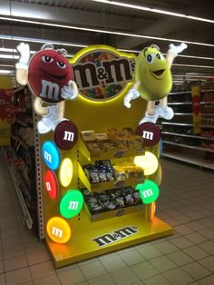 Nice @m&m's promotion at Tesco. But why only two flavours? I am missing peanut butter in Europe so much!