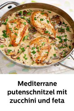 Mediterranean turkey schnitzel with zucchini and feta! - everyday tricks - Mediterranean turkey schnitzel with zucchini and feta! Hamburger Meat Recipes, Sausage Recipes, Casserole Recipes, Chicken Mushroom Recipes, Chicken Recipes, Spaghetti Recipes, Pasta Recipes, Keto Recipes, Feta