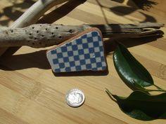 Il quadrettatoazzurro e bianco genuina di GlassAndSeaStones