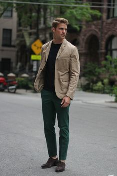 simple pieces in classic colors combined in unconventional way = nice outfit!    Street Style from Chicago Street Style