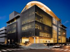 MIT Media Lab, Cambridge MA.  Architect: Maki and Associates,  Leers Weinzapfel Associates