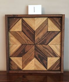 """SALVAGED Wooden barn boards from PA repurposed PRETTY flower Amish made 36/"""" dia"""