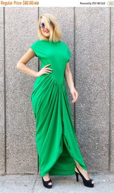 GREEN SALE 35% OFF Maxi Green Dress Tdk25 Loose Long Dress https://www.etsy.com/listing/180296107/green-sale-35-off-maxi-green-dress-tdk25?utm_campaign=crowdfire&utm_content=crowdfire&utm_medium=social&utm_source=pinterest