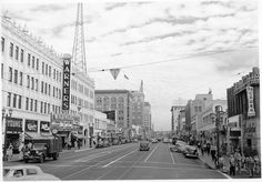 Hollywood Boulevard in 1946, looking east from Wilcox Avenue. The Warners Hollywood Theater (now the abandoned Hollywood Pacific Theater) remains at 6433 Hollywood.