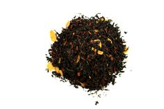 Amande Grillée. Un thé noir parfumé à la cannelle et à l'amande, classique mais raffiné. Ce mélange est rehaussé par une subtile touche de brisures d'amandes grillées.