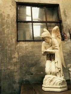 Decoratieve engelen - Antieke, oude meubels - Collection - Benko oude antieke bouwmaterialen