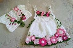 Beautiful dress with crochet pattern