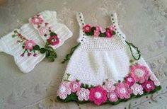 Beautiful dress with crochet pattern