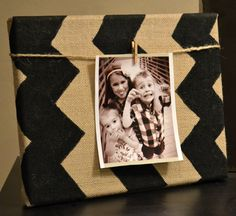 Chevron Burlap Canvas Photo Frame Black and Burlap Chevron Zig Zag Pattern Clothespin Photo Display Wall Art Wall Hanging Home Decor Nursery