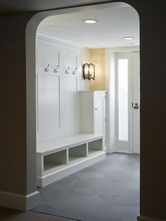 Mudroom Design, Pictures, Remodel, Decor and Ideas - page 30