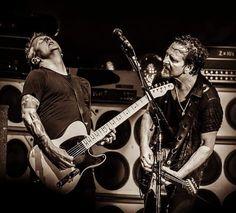 Mookie Blaylock, Pearl Jam Posters, Pearl Jam Eddie Vedder, The Best Revenge, Music Guitar, Cool Bands, Pj, Hero, Black And White