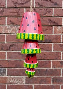 Terracotta Garden Decor Watermelon Wind Chime Garden Wind Chimes Patio Decor Out. Flower Pot Crafts, Clay Pot Crafts, Shell Crafts, Painted Clay Pots, Painted Flower Pots, Sun Catchers, Dream Catchers, Watermelon Crafts, Crafts To Sell