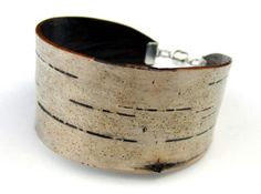 Google Image Result for http://www.ecouterre.com/wp-content/uploads/2010/09/bettula-birch-bark-3-537x400.jpg