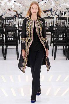 Christian Dior Slideshow on Style.com