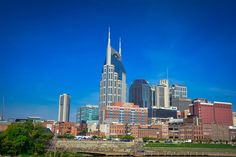 nashville downtown skyline view from the park - great place to park and then explore from