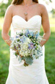 wedding bouquet // dusty miller + hydrangeas + baby's breath