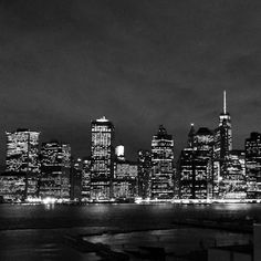View of Lower Manhattan from the Brooklyn Heights Promenade