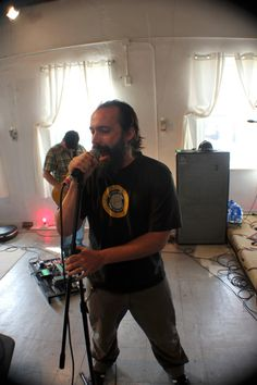 Clutch vocalist Neil Fallon discusses the band's first studio LP in four years, Earth Rocker, out now on the band's Weathermaker Music. Holy Ghost, Concerts, Love Of My Life, Cool Pictures, Interview, Photos, Musica, Holy Spirit, Pictures