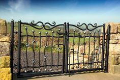 #WroughtIron #Iron #DrivewayGates #Metal #EsateGates #Drive #Garden #Bespoke #Custom #Designer #Modern #Vintage #Contemporary #Entrance #Sliding #Architecture #Privacy #Entry #Victorian #Outdoor #Traditional #Gates #Small #Knotted #Design #Entry