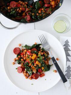 Paprikagryte med kikerter og chorizo