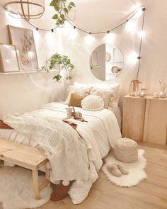Bedroom Decor For Teen Girls, Cute Bedroom Ideas, Room Ideas Bedroom, Teen Room Decor, Home Bedroom, Bedroom Inspo, Boho Teen Bedroom, Teen Room Furniture, Forest Bedroom