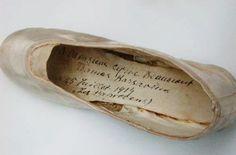Tamara Karsavina`s pointe shoe. Signed to Cyril Beaumont [a famous ballet book author]. Ballet Books, Famous Ballets, Ballet Russe, Ballet Companies, Pointe Shoes, Author, Art, Art Background, Kunst