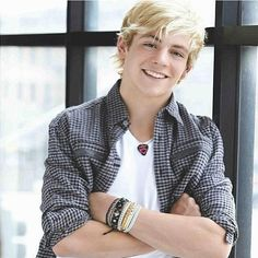 Ross Lynch!!