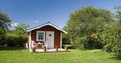 Lagerstätte und Abenteuerspielplatz in einem: Gartenhäuser sind praktisch, zeitlos und längst nicht so bieder, wie man bisher meinte!