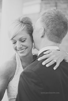 Gorgeous black and white of a couple in love! Blaine & Lori | Tulsa Wedding Photography | Photography by Jami Leavitt