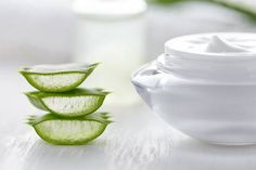 Formulated with natural aloe water and inspired by Korean Skincare, L& Hydra Genius daily liquid care moisturizer offers instant, long-lasting hydration and quick absorption for clean, healthy-looking skin. Gel Aloe, Aloe Vera Gel, Aloe Vera Hair Growth, Beauty Courses, Aloe Vera For Skin, Creme Anti Age, Natural Kitchen, Beauty Regimen, Organic Beauty