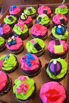 Makeup Cupcakes By kguy22169 on CakeCentral.com