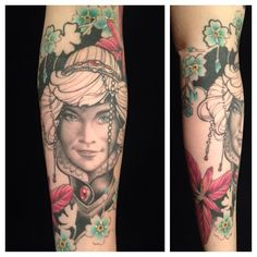 Anotherone by the genious Jón Páll (https://instagram.com/jonpall_art/). Continuing my sleeve - my sister and forgetmenots. Looove it.