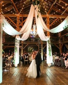 43 Rustic #BarnWedding Ideas That Are In Trend