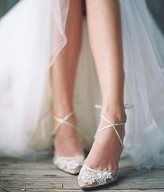 Awesome 42 Elegant And Comfortable Flat Wedding Shoes Ideas. More at https://trendfashionist.com/2018/02/06/42-elegant-comfortable-flat-wedding-shoes-ideas/ #weddingshoes