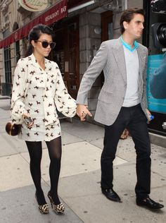 I would never think that a dress with horses on it could be cute. I love Kourtney Kardashian!