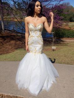 Find More Wedding Dresses Information about robe de mariage sexy sweetheart gold beads white wedding dress mermaid style tulle crystal royal wedding dresses bridal gowns,High Quality gown slip,China gown backless Suppliers, Cheap gown party dress from youthbridal on Aliexpress.com