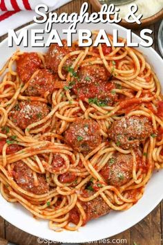 Spaghetti and meatballs is a classic Italian dish that is filled with tomatoes, ground beef, ground pork, and delicious Italian seasonings! Try making this freezer friendly spaghetti sauce and meatballs as a casserole or even in the crockpot! Sauce Spaghetti, Best Spaghetti, Homemade Spaghetti, Spaghetti Recipes, Pasta Recipes, Spaghetti Casserole, Simple Spaghetti Recipe, Slow Cooker Spaghetti, Tuna Casserole