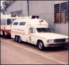 Holden Em-Care Six-Wheeled Ambulances Ambulance, Holden Australia, Australian Cars, Late 20th Century, Emergency Vehicles, Police Cars, Fire Trucks, Locomotive, Ems