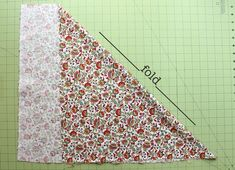 The Beauty of Bias Tape Part Make Your Own. For those of you who love to sew as much as I do, I see homemade bias tape in your future. Sure, you can go to the store and buy some plain trim, but why not make your own. Quilting Tips, Quilting Tutorials, Sewing Tutorials, Dress Tutorials, Hand Quilting, Vintage Sewing Notions, Vintage Sewing Machines, Tapas, Beginner Knitting Patterns