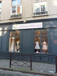 La jolie facade de l'Univers d'Elsa Gary, rue des Trois Mollettes à Lille.