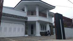 Rumah Mewah Duren Sawit Dijual - Lokasi Eksklusif