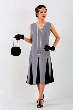 421accda9766 Grey 1920s Gatsby dress with black skirt godets