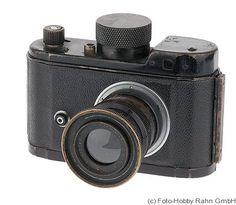 Berning Robot: Robot II 'Luftwaffen-Eigentum' (AirForce) camera
