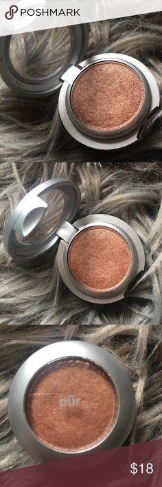 Pur Minerals Eyeshadow in Gold Dust Pur Minerals mineral eyeshadow in Gold Dust.  Bronze gold shimmer.  Excellent condition, only used once or twice.  Bundle and save.  Happy Shopping! Pur Minerals Makeup Eyeshadow
