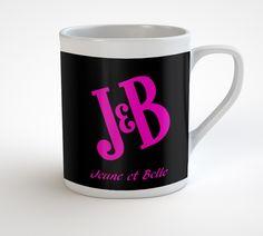 Mug humour JB en céramique blanche résistant au lave-vaisselle et micro-ondes, impression haute définition et finition parfaite, pour seulement 11.50€