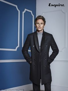 Eddie Redmayne Dons Winter Outerwear for Esquire UK January 2015 Photo Shoot image Eddie Redmayne Esquire UK Photo Shoot January 2015 002 Eddie Redmayne, Mens Fashion Suits, Mens Suits, Male Fashion, Smart Casual, Men Casual, Esquire Uk, British Men, Well Dressed