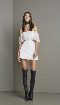 VESTIDO OMBRO A OMBRO CREPE E RENDA - VE29126-99 | Skazi, Moda feminina, roupa casual, vestidos, saias, mulher moderna