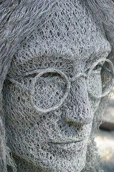 John Lennon, Chicken wire art